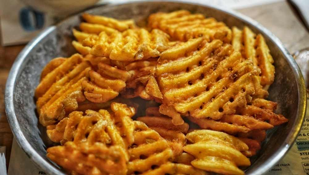 Cook air-fried Frozen Waffle Fries