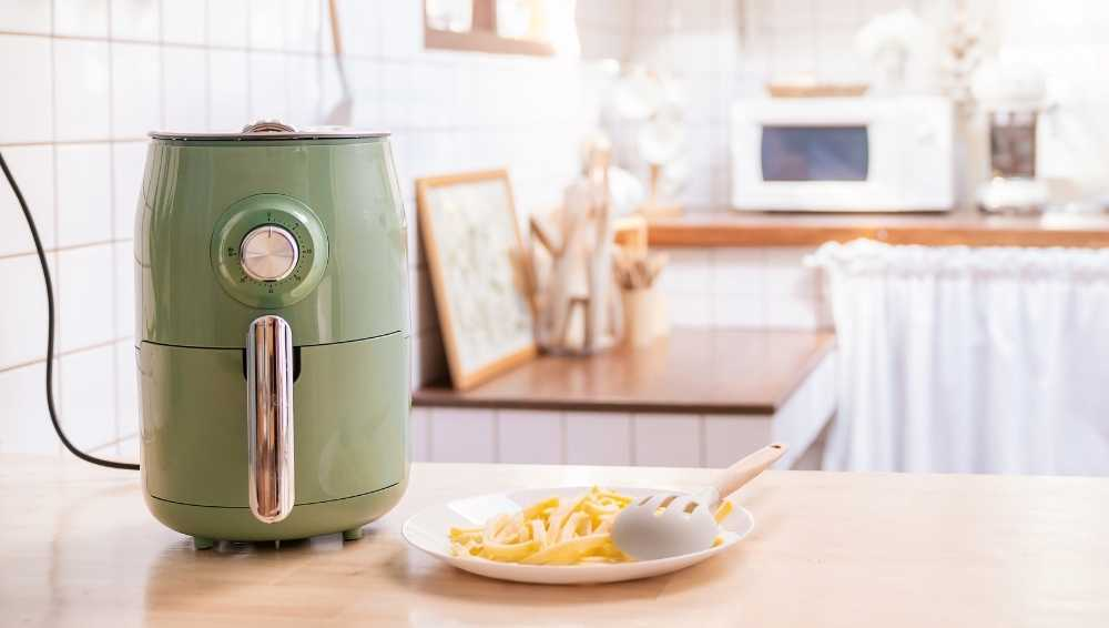 How is an Air Fryer Microwave Different